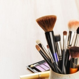 makeup-dos-and-donts-for-rosacea-1